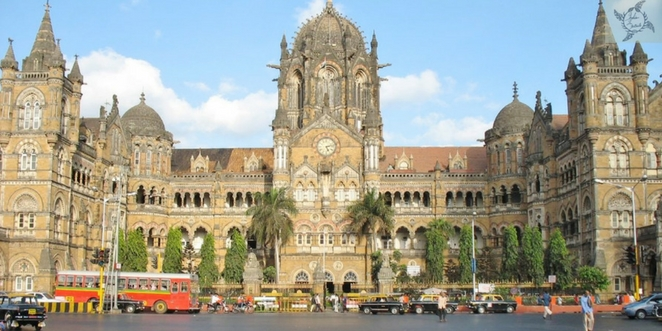 Railway_station_in_Mumbai